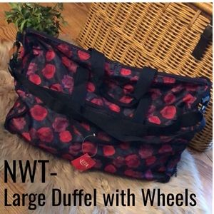 NWT ULTA Duffle with Wheels-20x14x10-Large-Floral